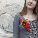 FELTING BROCHE